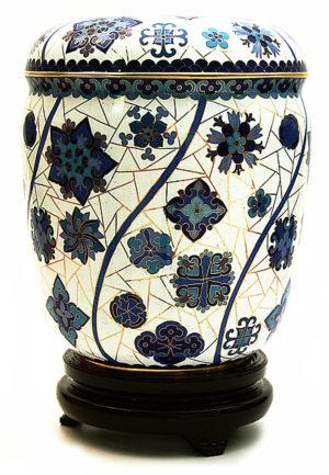 cloisonne auf kopfer urne