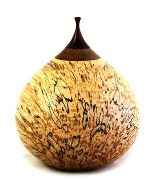 holz urne aus birke iter berkwalnoot