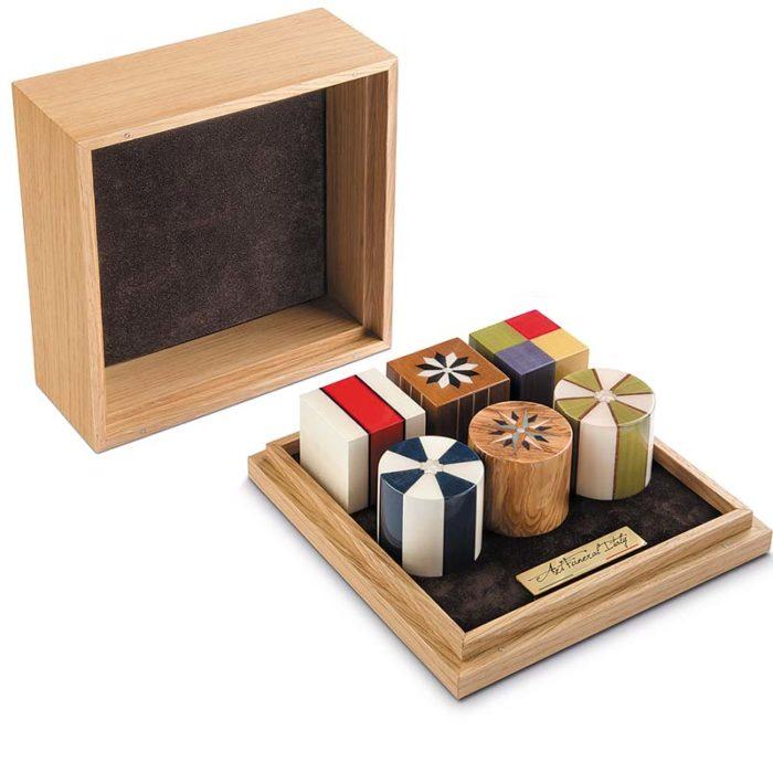 sechs mini urnen in luxus box