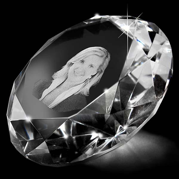 Kristallglas Diamant mit Lasergravur (20 cm) Glas Mini art Urnen