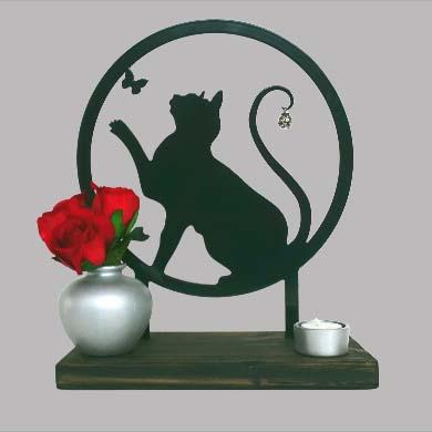 Tiergedenkaltar Verspielte Katze, Schwarz oder Weiß (28 cm) Tierurnen
