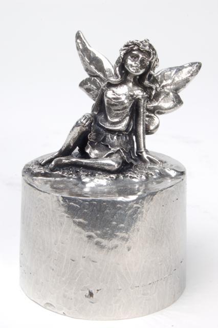 Aschefigur Ein Engel in Himmel, Silber (0,04 Liter) z