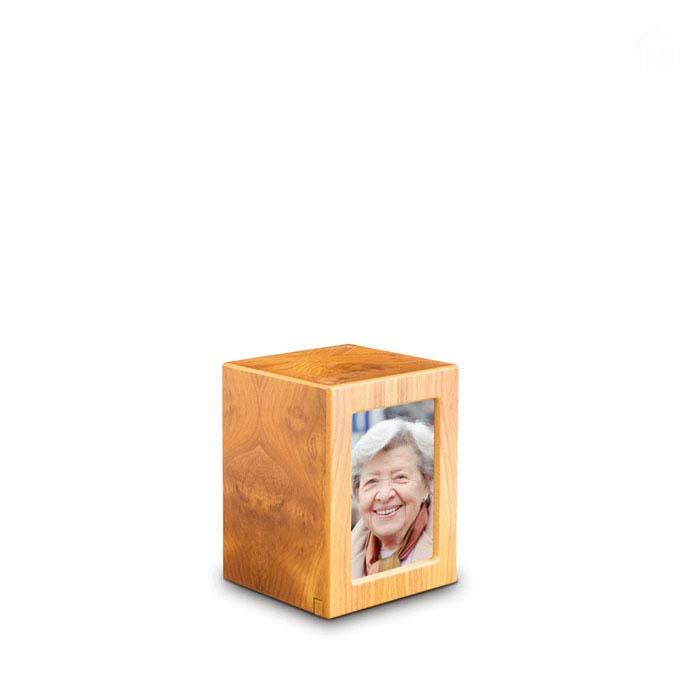 Kleine MDF FotoBox Tierurne Kiefer (1,5 Liter) Hölzerne Tierurnen Photobox