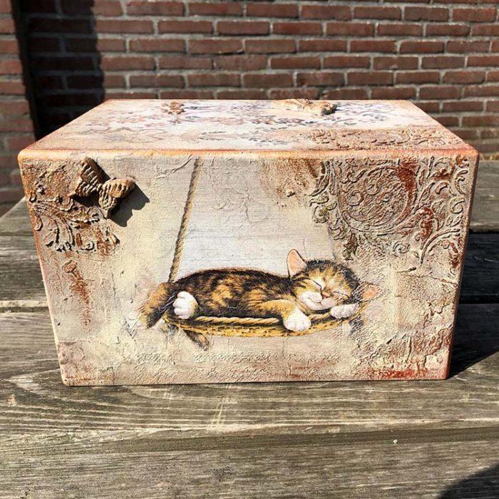 Design Tierurne Schlafende Katzen (3,5 Liter) Hölzerne Tierurnen