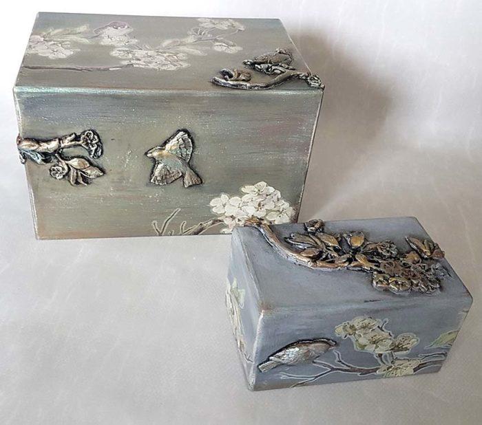 Design Urne Vögel und Blüte Vorteilset (3,9 Liter) Holz Design Urnen
