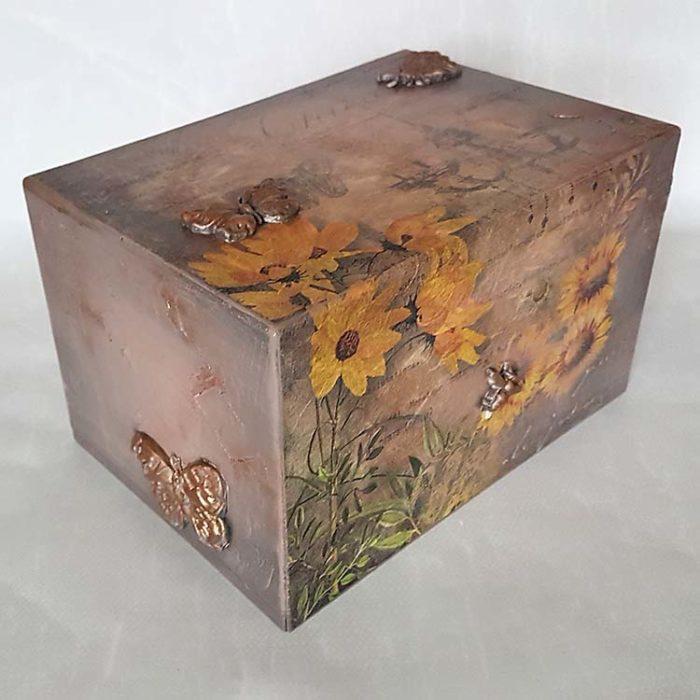 Design Urne Schmetterlinge und Sonnenblumen (3,5 Liter) Holz Design Urnen